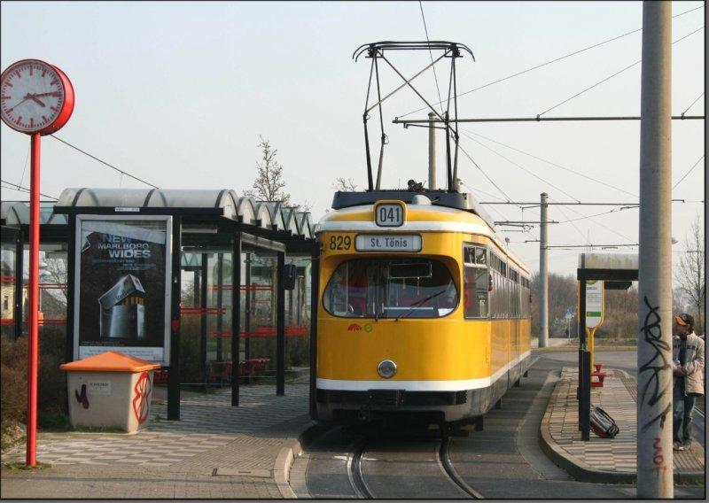 Postkarte Krefeld - GT8 Gelenktriebwagen 829