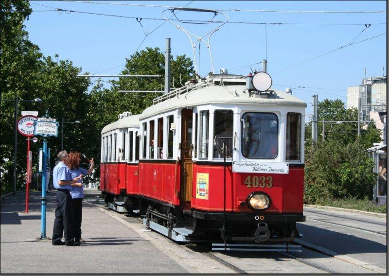 Postkarte Wien (Österreich) - Historischer Triebwagen 4033